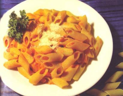 Penne with Herbs Tomato Sauce