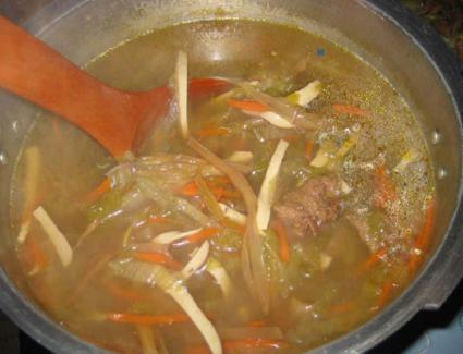 Vegetable and Soy Meat Soup