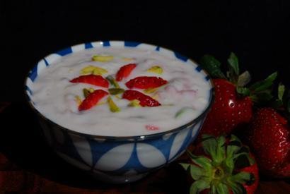 Strawberry and pista phirni