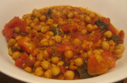 Savory Chickpeas in tangy tomato Glaze