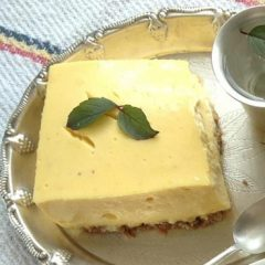 Eggless Mango Flan Pie