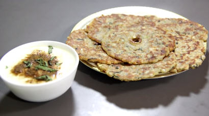 Sabudana Thalipeeth