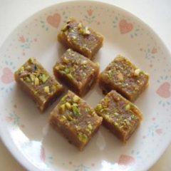 Chick-pea-flour fudge
