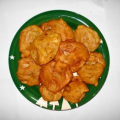 Potato Pakora with Dried Pomegranate Seeds