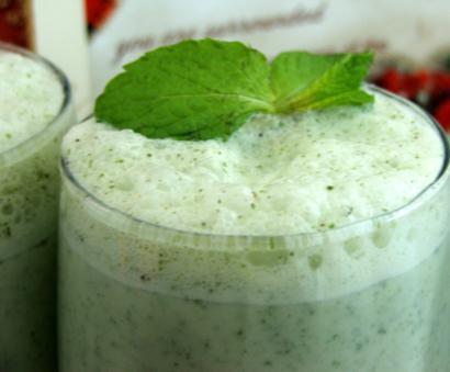 Minty Yogurt Shake