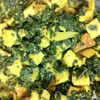 Palak Paneer (Spinach with Curd Cheese)