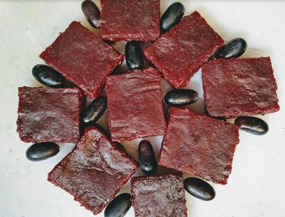 Grape cinamon barfi